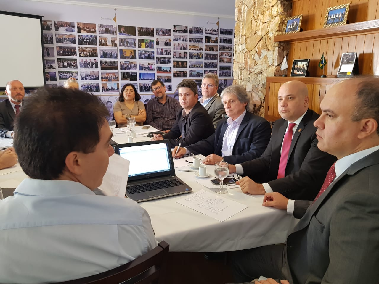 Presidentes de entidades policiais se reunem pela UPB para tratar da Reforma da Previdência